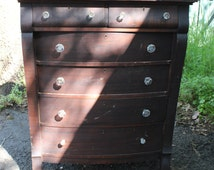 Ethan Allen Solid Mahogany Dresser with glass crystal knobs circa 1940
