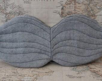 Grey wool moustache bag