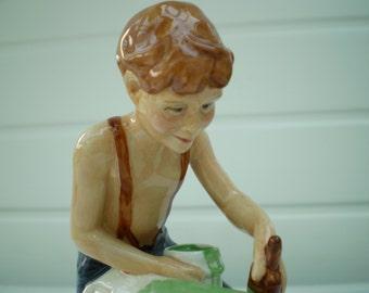 Royal Doulton China Figurine - Childhood Days 'As Good As New' - HN2971 - 1982 - England .