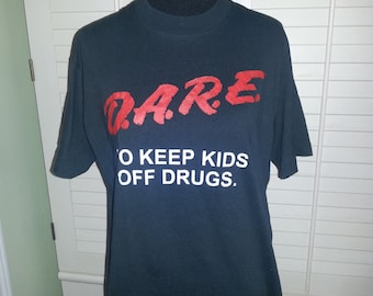 Vintage Dare to keep kids off drugs T shirt, vintage T shirt, 1980's T shirt. A5