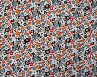 "42"" Wide Pure Cotton Indian Fabric Designer White Color Floral Printed Pattern Sewing Crafting Apparel Dress Making Material By 1 Yd ZBC6176"