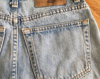 Vintage abercrombie & fitch jean shorts size 4