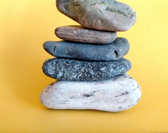 Maine Beach Stone Cairn (c62) Triangle Shapes - Set of 5 Stacked Loose Undrilled Smooth Rocks - Waldorf Art Decor Zen Meditation Desk Dorm