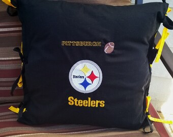 Pittsburgh Steeler Pillow, Tie on pillow sham! Includes pillow.