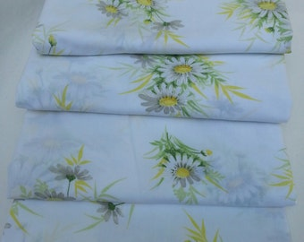 Vintage Fabric, Vintage Sheet, Quilting, Daisy, Craft, Material, Craft Supplies