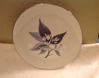 "Homer Laughlin Mid Century dinner plate ""Rhythm""."