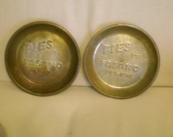 Fasano Vintage Pie tins