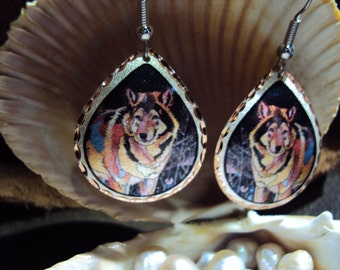 Beautiful Handcrafted Copper Wolf earrings