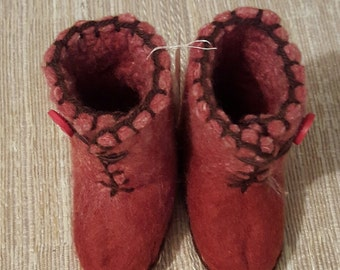 Red High-Boot Felted Slippers