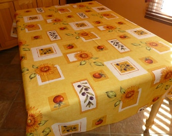 "Tablecloth Model Sunflower 100% Polyester 80 "" X 57 1/2 "" / Free shipping in Canada and USA"