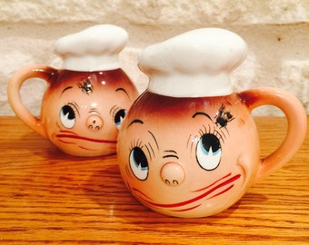 FREE SHIPPING PY Ucagco Anthropomorphic Fly in My Eye Chef Salt and Pepper Shakers from Japan