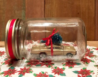 Family Christmas Tree - vintage gold muscle car