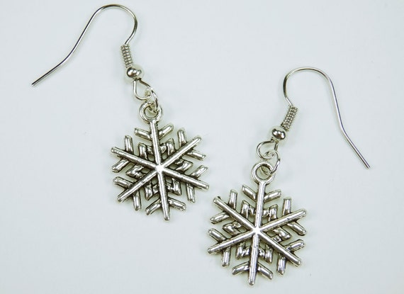Earrings Snow Flake Winter advent time silver snowflake pendant on earrings Christmas jewelry pendant earrings silver