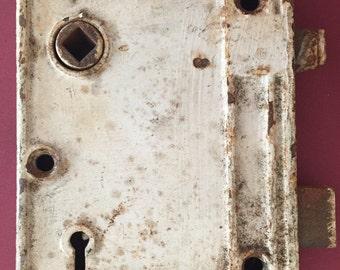 Vintage White Skeleton Key Painted Door Lock