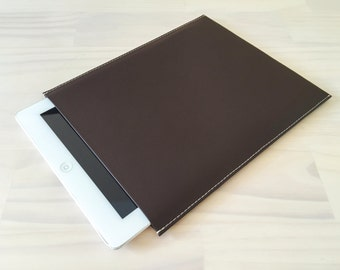 Brown iPad Sleeve, iPad Air, iPad Air 2, iPad Mini, iPad Pro, iPad 2, Handmade iPad Case, PU Leather Case, Vegan Leather, Minimalist Design