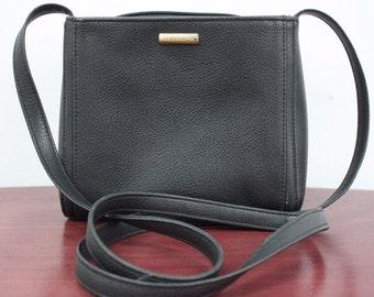 VTG Liz Claiborne Accessories Black Small Shoulder Bag Purse JEA