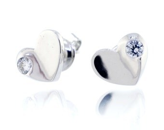925 Sterling Silver Simple heart Stud Earring 0.22 CT.TW (S99)