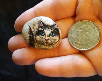 Hand Painted Rock/Pebble: Black and White Cat