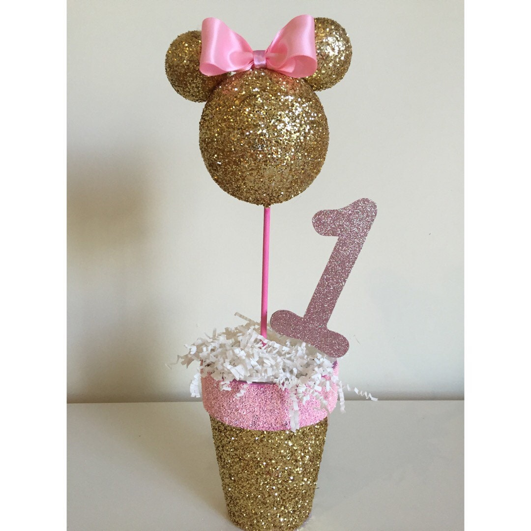 Pink and gold minnie mouse centerpiece