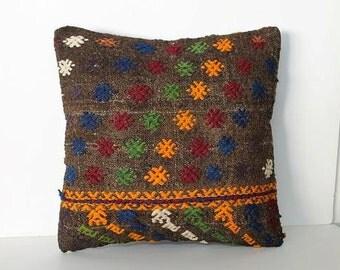 Kilim pillow / Moroccan pillow / Berber rug pillow / Rug pillow / Tribal decor / Berber pillow / Tribal pillow / Vintage pillow