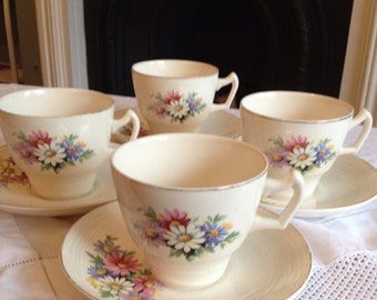 Such a Pretty Little Vintage Teaset