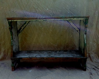 Early 18th Century painted Bucket Bench