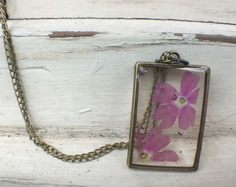 Pink Flower Resin Necklace – Resin Necklace – Resin Pendant - Pressed Flower Resin Jewelry – Real Flower Resin Jewelry – Flower Necklace