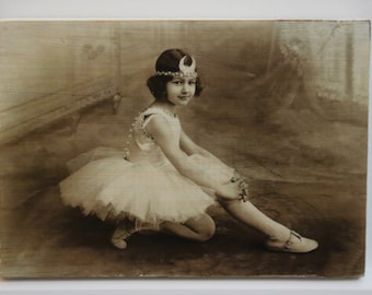 Pic2grain A5 size - Whitewashed with Ballerina Girl