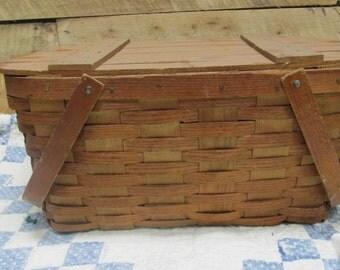 Vintage Woven Picnic Basket, Vintage Wooden Hand Woven Picnic Basket, Solid wood Top, Primitive Basket, Split Weave Basket