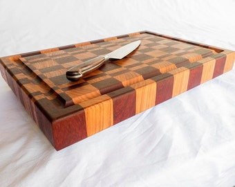 End Grain Cutting Board Made of Cherry & Padouk