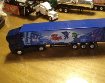 HO Scale Blue PJ Masks Semi Truck and Trailer-Night Vision