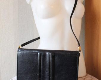Vintage Bergdorf Goodman navy genuine leather shoulder bag from 70s