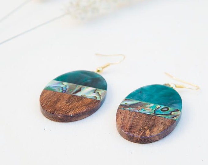 Shell earrings, Jade earrings, Green earrings, wood earrings, Wood resin earrings, wood jewelry, gift for women, womens gift, birthday gift