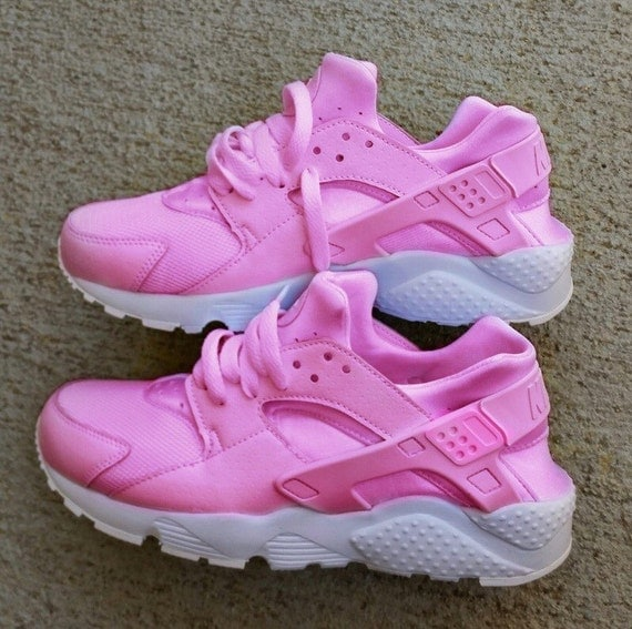 nike air huarache hot pink with white sole custom by. Black Bedroom Furniture Sets. Home Design Ideas