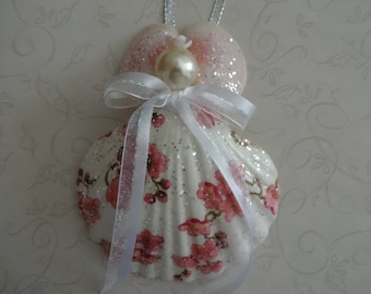 Seashell Angel Christmas Ornament, Seashell Angel, Seashell Angel Coastal Decor, Beach Decor, Nautical Decor, Holiday, Ornament