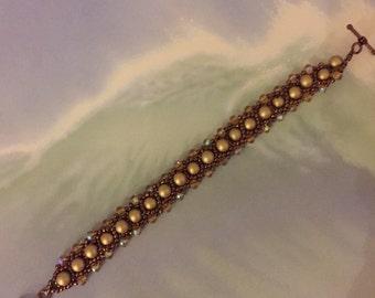 Gold pearl crystal bracelet