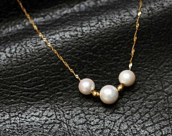 Solid 750 18k Yellow Gold necklace set with Japanese pearls (Akoya)