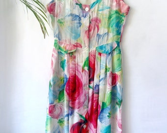 Vintage watercolor flower print dress / / size m-l / / dress stamped flowers in watercolor. buttoned.