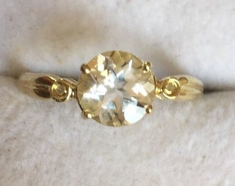 9ct gold white sapphire & diamond ring