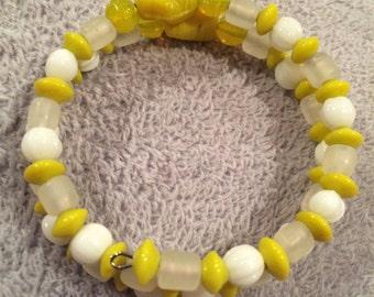 Yellow  spiral  bracelet