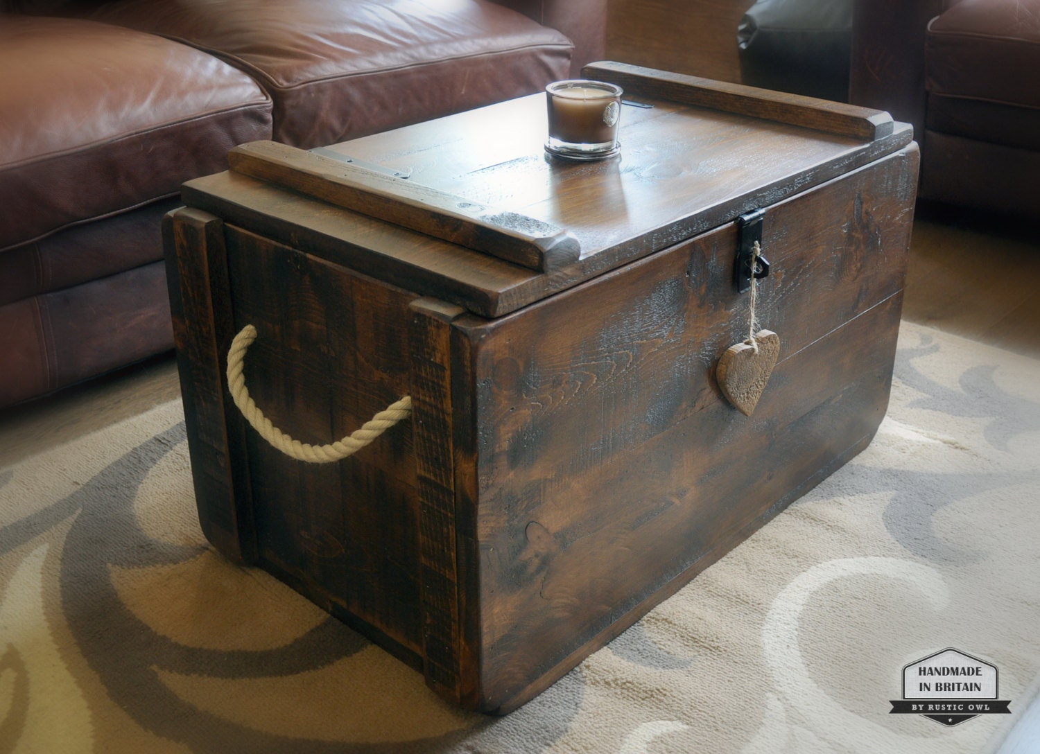 rustic waxed pine wooden blanket box storage chest trunk. Black Bedroom Furniture Sets. Home Design Ideas