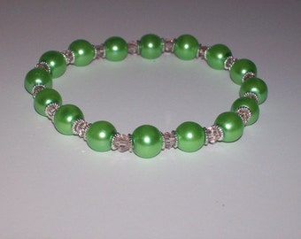 Pretty Pink and Green Beaded Stretch Bracelet
