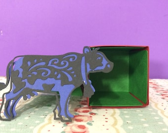 Handmade Blue Moo Gift Box/favour/favor/sweetie/sweet box/surprise/treat/table/tree decoration