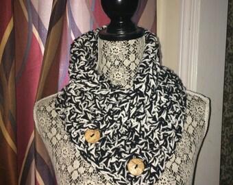 Crochet Neck Warmer - Black and White