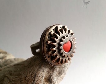 Bronze Heart Ring. Evil Queen Ring. Polymer clay ring. Heart Jewelry. Once Upon a Time