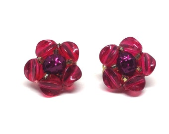 Gorgeous Vintage Estate Red Cluster Gold Tone Clip On Earrings