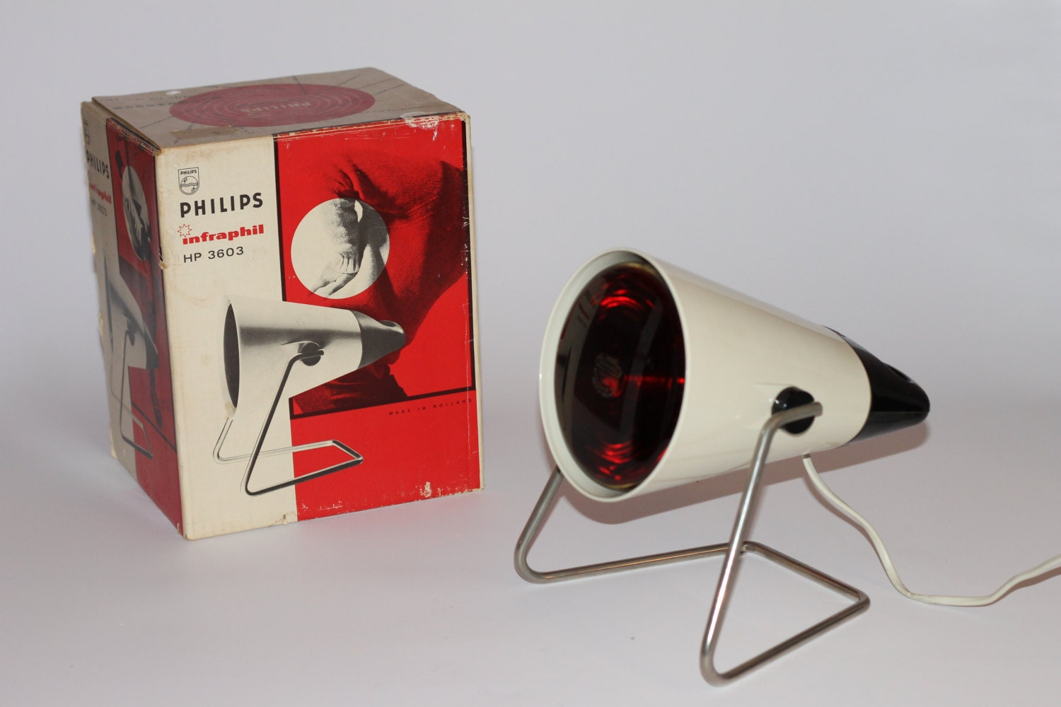 vintage lampe infrarouge philips infraphil 1969 avec design. Black Bedroom Furniture Sets. Home Design Ideas
