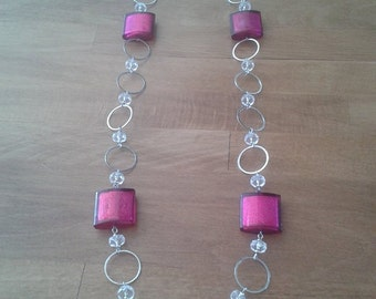 Long necklace with pink