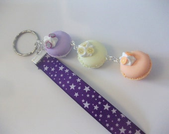 Door key of macaroons and whipped cream top