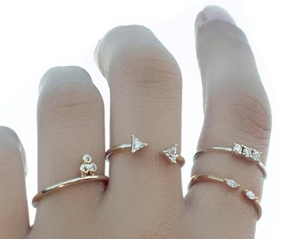 Set of 4 stacking rings - Delicate rings - Stacking rings - Stackable ring set of 4 - Stackable rings - Minimalist rings - Dainty rings